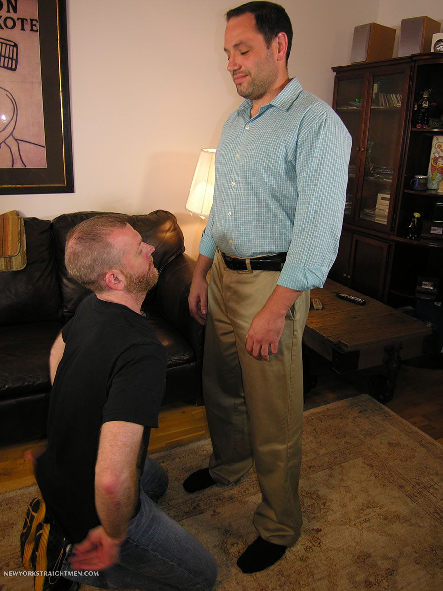New-York-Straight-Men-Jack-and-Sean-Straight-Guy-Getting-Blowjob-From-Gay-Guy-Amateur-Gay-Porn-01.jpg