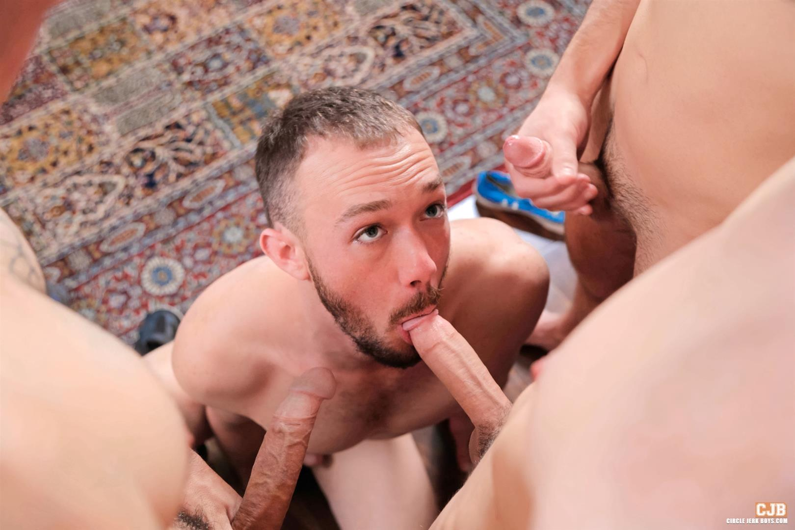 Circle-Jerk-Boys-Kirk-Cummings-and-Trent-Jackson-and-Jake-Jammer-and-Blake-Stone-Cock-Sucking-Young-Guys-Amateur-Gay-Porn-13 4 Hard Cocks, 4 Young Men, 4 Cock Suckers, 4 Loads Of Cum