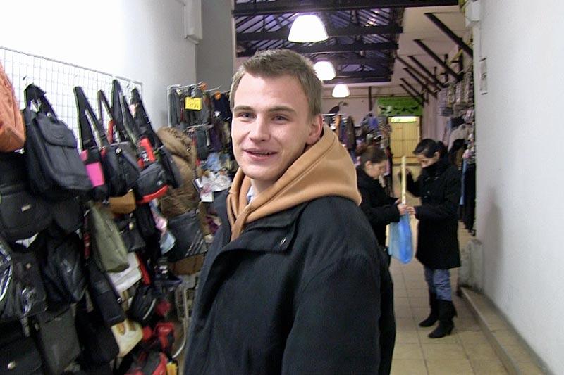 CzechHunter-Czech-and-Russian-Guy-Bareback-For-Cash-Amateur-Gay-Porn-01.jpg