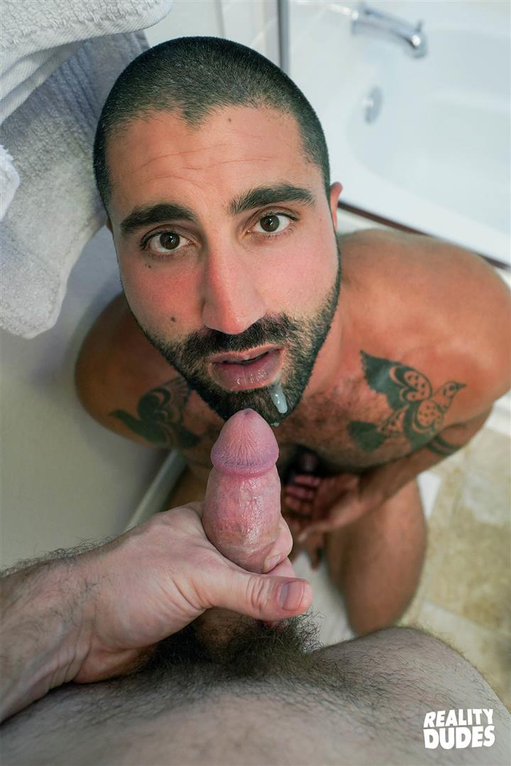 Reality-Dudes-Sharok-Straight-Guy-Gets-Fucked-In-Hairy-Ass-For-Cash-22 Paying A Straight Muscle Hunk To Let Me Fuck His Hairy Ass